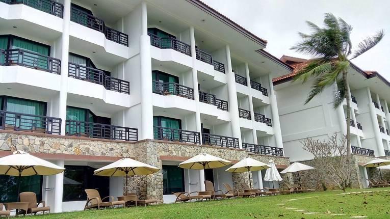 Bintan Lagoon Resort - Hotel Front