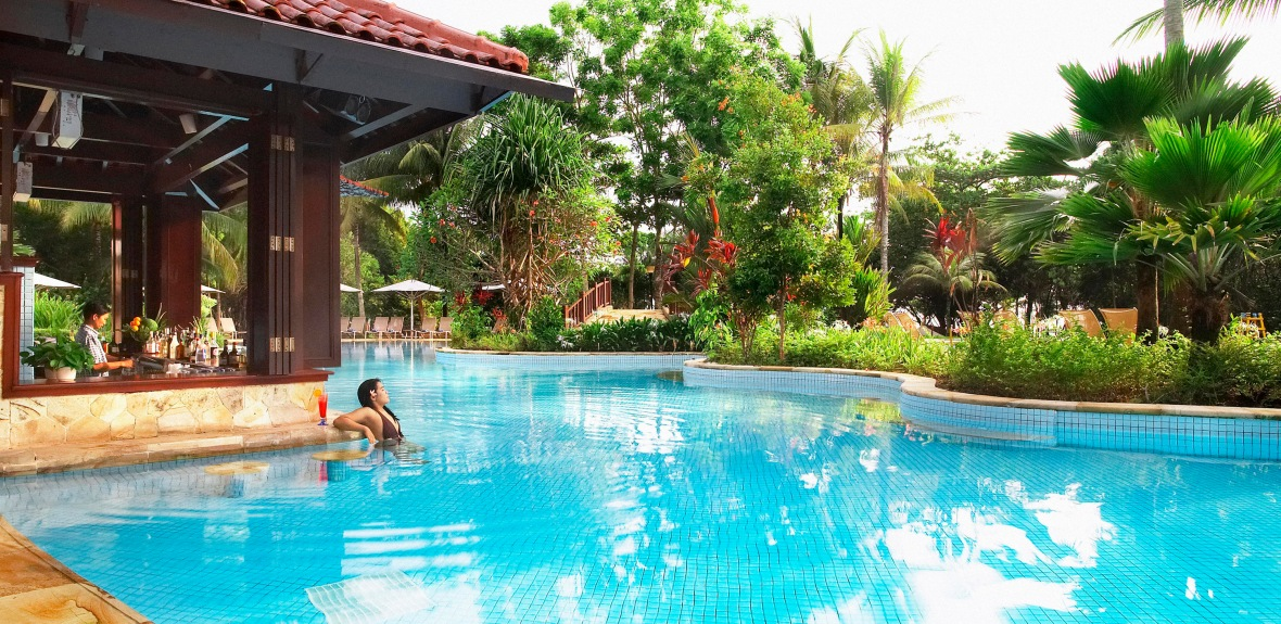 Bintan Lagoon Resort - POOL Feature 03