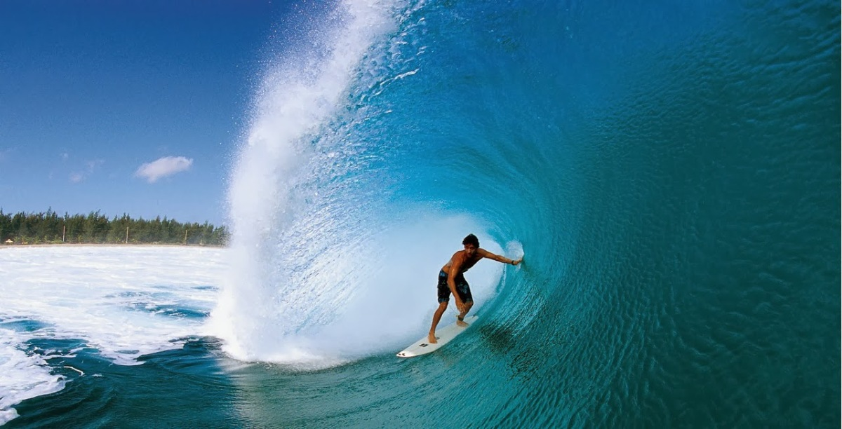 Surfin' It Hot: 7 Awesome Surfing Spots in the Philippines