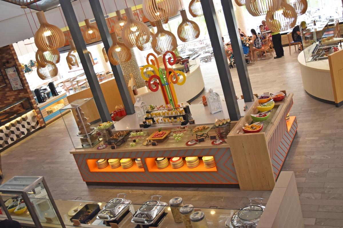 Bintan Lagoon Resort - Fiesta Restaurant Front Stall