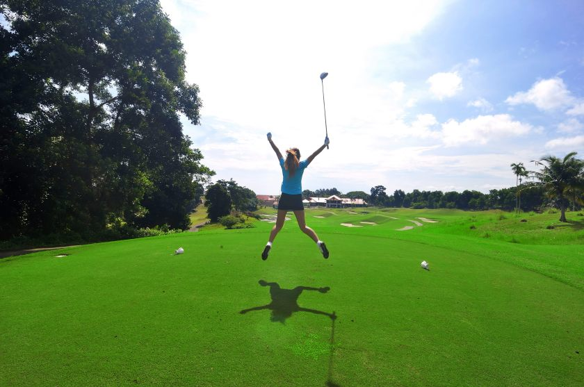 Bintan Lagoon Resort - Golfer